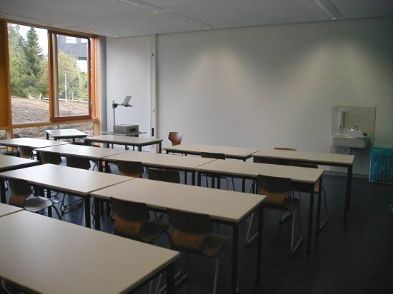 Klassenzimmer im Erdgeschoss